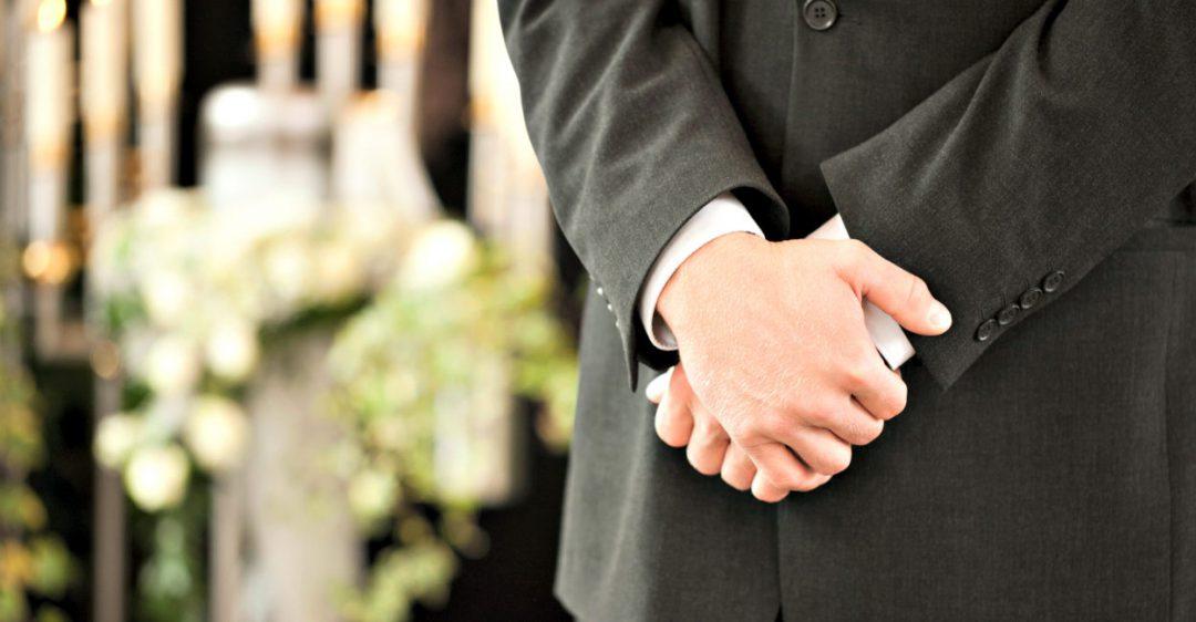 Come una ricerca approfondita può aiutarti a smascherare aziende di onoranze funebri poco oneste e che si recensiscono da sole